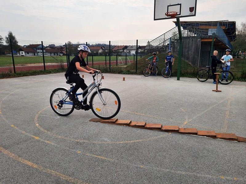TD – pregled koles – spretnostni poligon